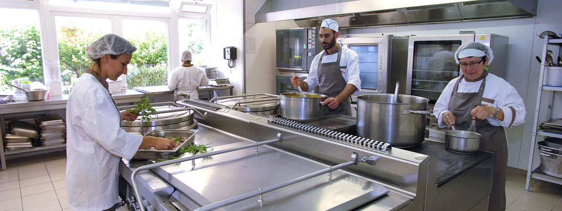 Sud est restauration restauration collective en for Emploi agent restauration collective